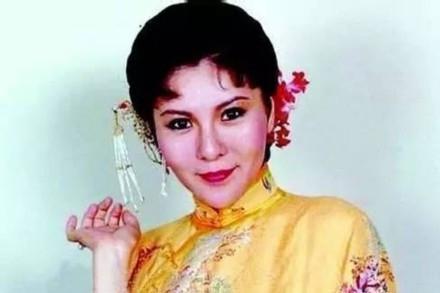 李丽凤多大年龄去世原因得什么肿瘤几年?李丽凤个人资料年轻照片