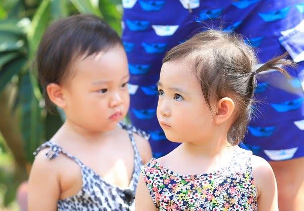 预测奥莉甜馨成年样子 奥莉甜馨长大后谁漂亮谁会更火