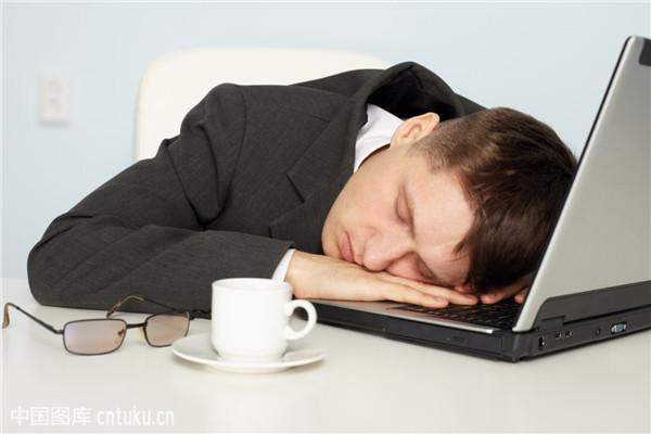 不能深度睡眠如何解决 学会这几招就可以彻底摆脱失眠