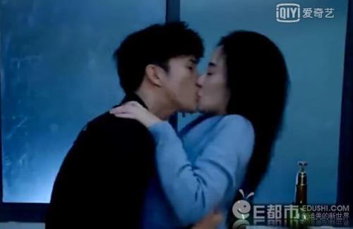 李小璐和贾乃亮现状离婚了吗?李小璐和薛之谦什么情况李雨桐爆料