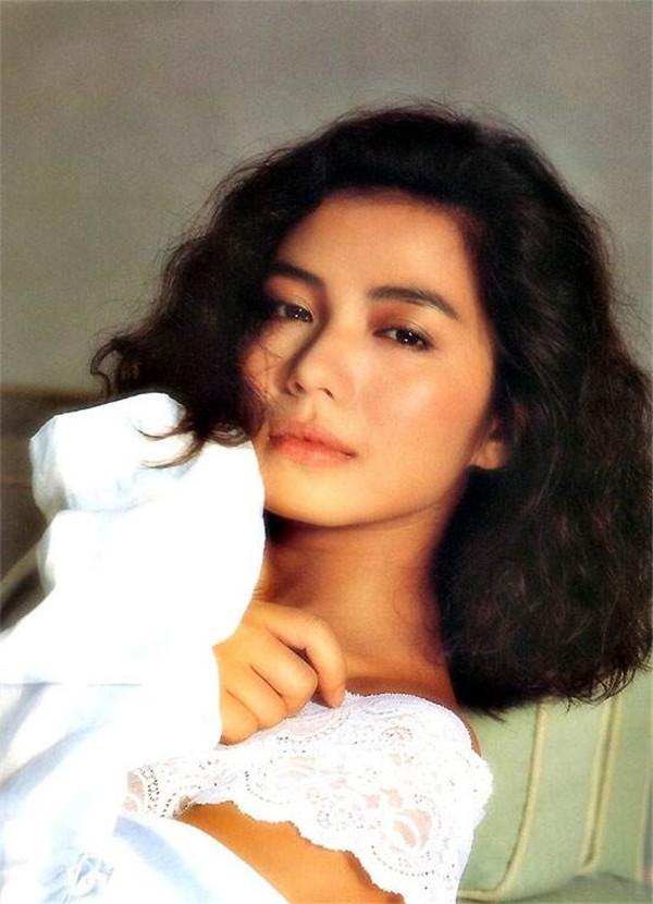 钟楚红年轻时候照片曝光 难怪这么多人都将她视为梦中情人