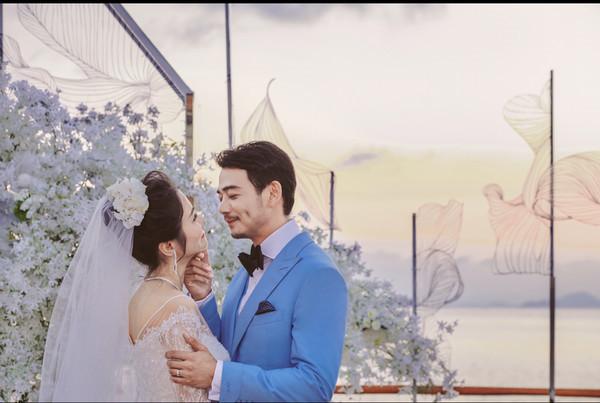 杨烁王黎雯是怎么认识的 杨硕王黎雯结婚照曝光