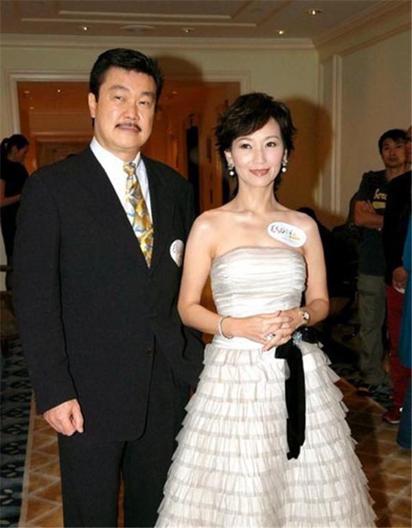 赵雅芝有几个孩子 果然一个个都遗传了母亲的好基因颜值超高