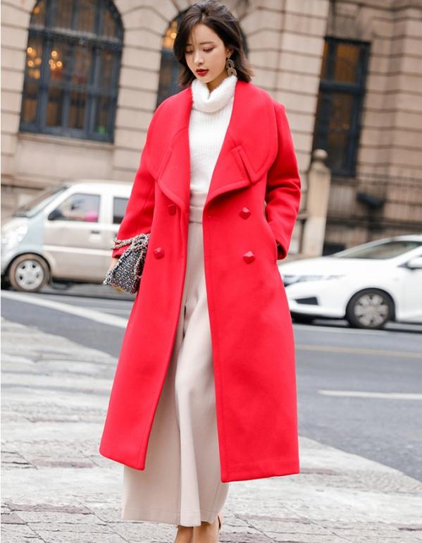 红色风衣搭配图片_红色风衣搭配图片女