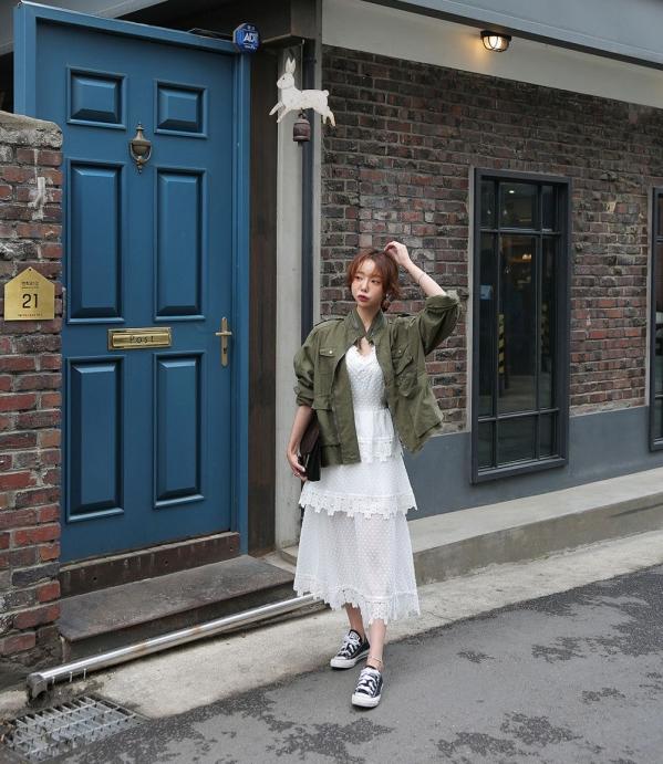 白色蛋糕裙配什么上衣配什么鞋子 既清新甜美又俏皮灵动