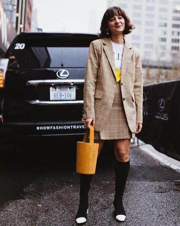 格子短裙搭配图片配什么鞋子 打造出可爱俏皮的少女感