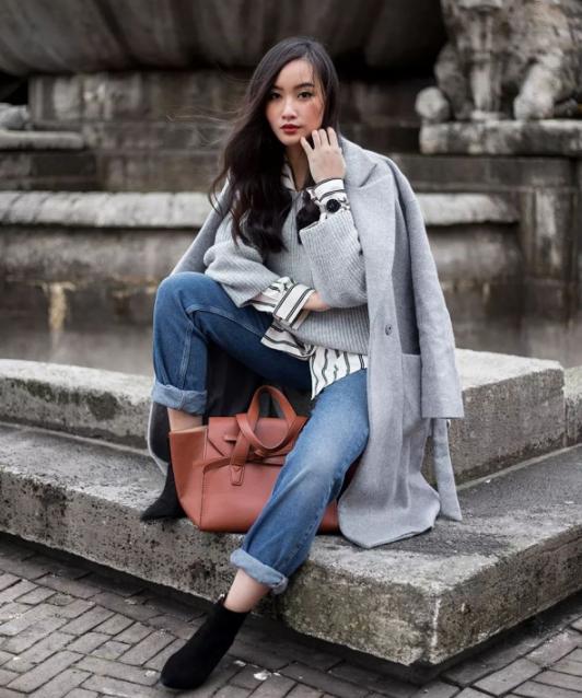 灰色针织衫怎么搭配里面配什么颜色好看 打造高级灰的简约美