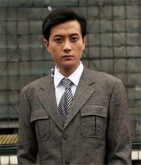 黄梦莹的老公是谁和夏凡是什么关系 黄梦莹个人资料家庭背景显赫