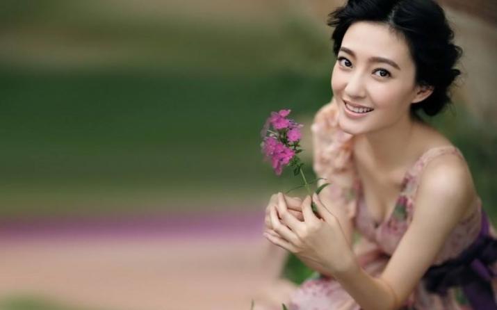 王丽坤四段恋情历任男朋友分手原因盘点 王丽坤现在的男朋友是谁