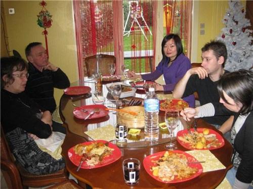 亲家初次见面酒桌上说些什么不尴尬 和亲家第一次见面点什么菜好