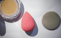 怎么用美妆蛋涂粉底液 一个美妆蛋能用多久 美妆蛋怎么清洗晾干