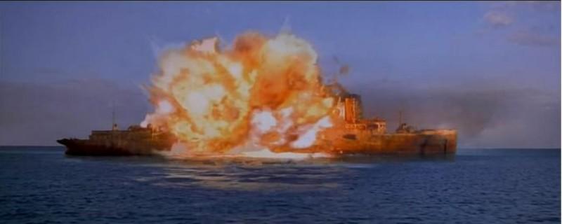 海上钢琴师为什么要炸船