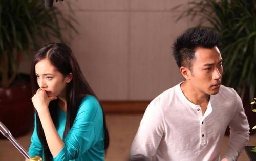 杨幂离婚四大原因和李易峰美国结婚有了孩子?杨幂和谁生的小糯米