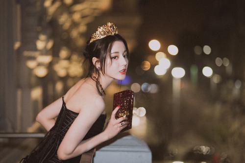 黄景瑜迪丽热巴私下关系在一起恋爱了吗?被曝一起过夜亲密缠绵照