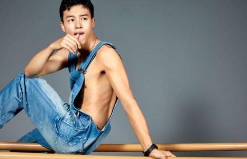 尹昉舞蹈什么水平在舞蹈界的地位,尹昉黑历史蓝色骨头写真照片