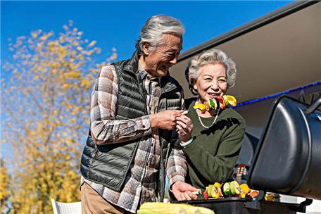 50岁老公有外遇出轨怎么办 50岁男人有了婚外情了聪明老婆的做法