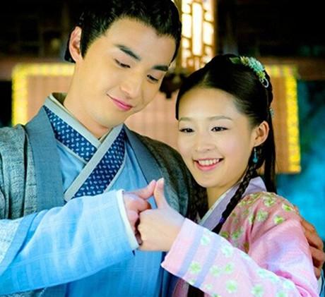 李沁的真正的男朋友是谁邓伦吗?什么时候在一起了?李沁喜欢邓伦吗