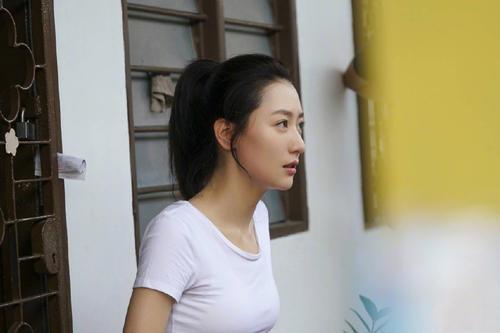 白冰为什么是京城四美?白冰个人 资料简历和成龙关系怎么样绯闻