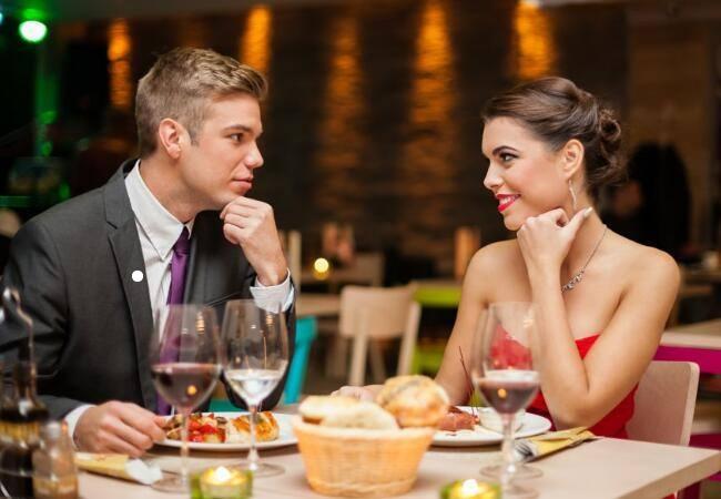 自谈和相亲哪个感情更好更幸福区别 一般相亲多久可以适合结婚呢