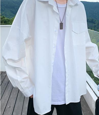 男生白色外套配什么颜色内搭最好看 五套最显白显高的搭配推荐
