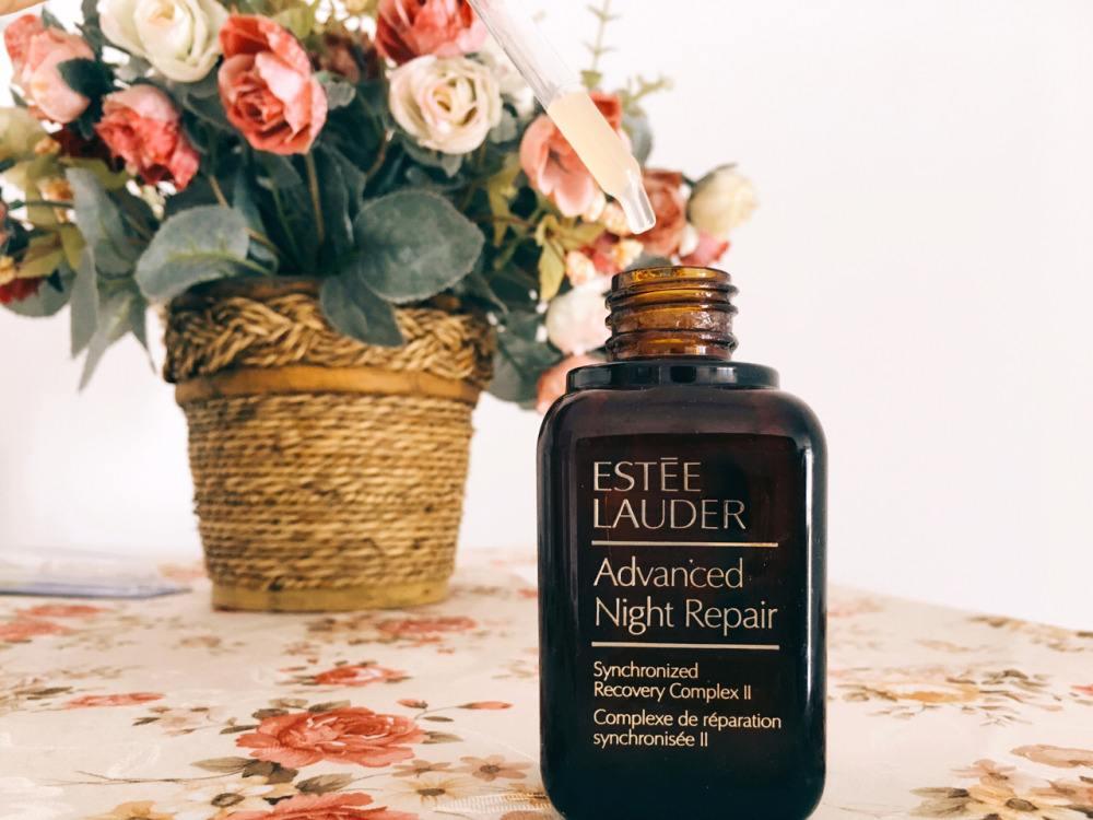 雅诗兰黛高能小棕瓶和小棕瓶区别 高能小棕瓶功效多久用一次最好