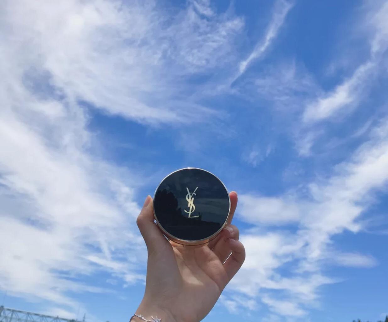 圣罗兰羽毛和墨水是同一个吗区别 圣罗兰墨水气垫适合干皮吗
