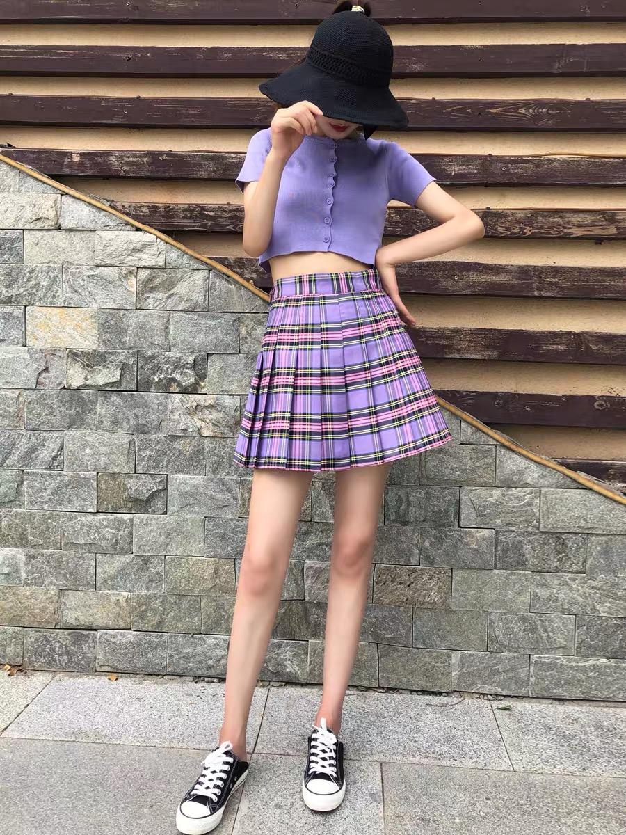 jk是什么意思什么风格衣服 jk裙子配什么日常上衣穿搭技巧