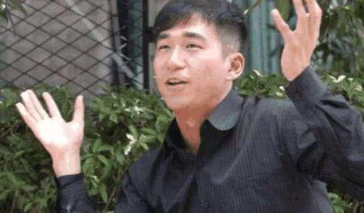 63岁的张国立出啥事了?张国立邓婕怎么在一起与继子张默关系怎样