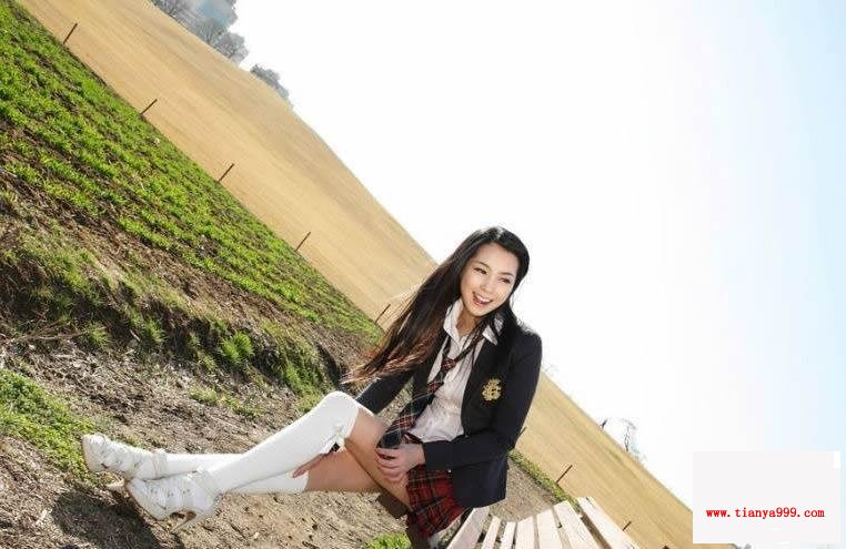 靓丽女生的小白袜 清纯唯美动人